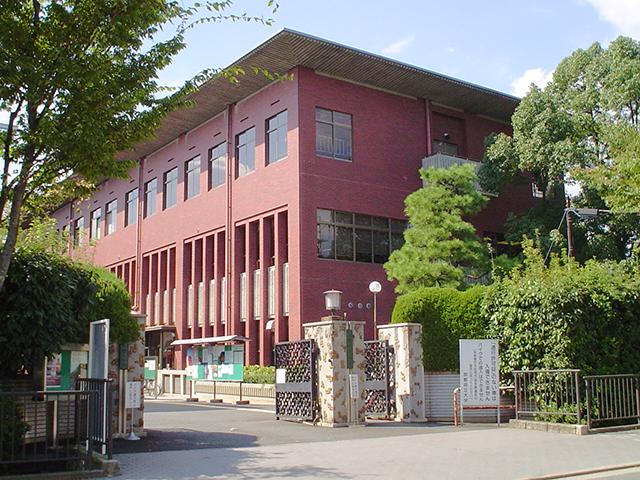 京都府立大学